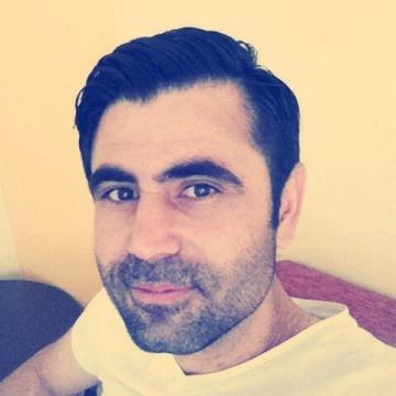 Zafer Arac, 38, Izmir, Turkey
