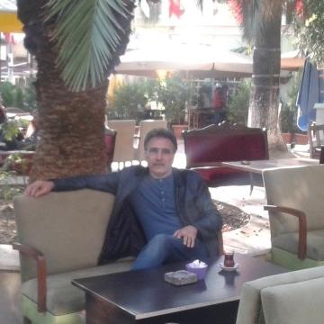 Barış Deniz, 46, Istanbul, Turkey