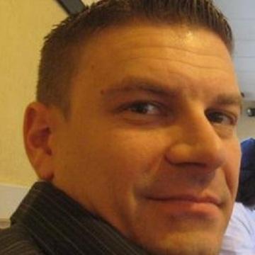 Jordan, 49, Miami, United States