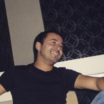 Kadir Harmanşa, 29, Istanbul, Turkey