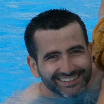 julien, 37, Lyon, France