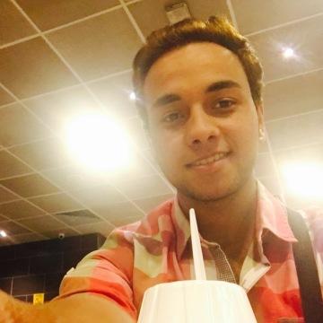 Weam Rashed, 22, Cairo, Egypt