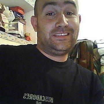 Jorge Perez Diaz, 32, Granada, Spain