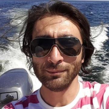 ömer Yeşiltaş, 33, Istanbul, Turkey