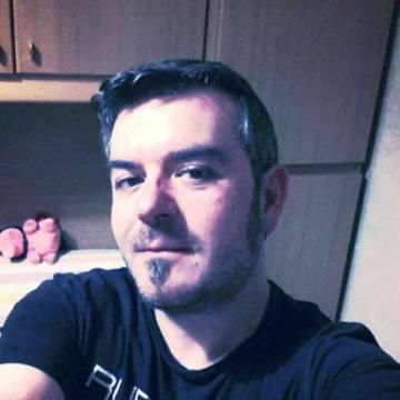 Salvo, 43, Catania, Italy