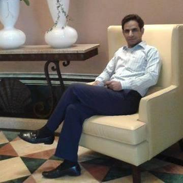 Fajan Hamdani, 31, Dubai, United Arab Emirates