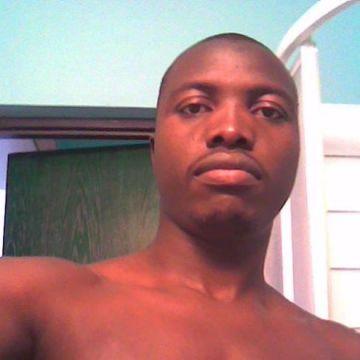Obert, 33, Harare, Zimbabwe