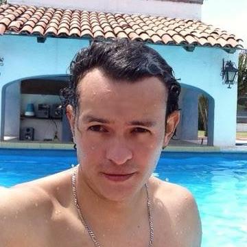 Christoper de la Rosa, 37, Cuautitlan Izcalli, Mexico