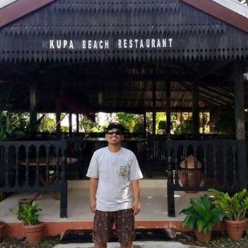 Ervan Tangke Tonglo, 29, Makassar, Indonesia