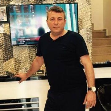Kamil Köse, 44, Istanbul, Turkey