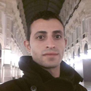 max, 32, Milano, Italy