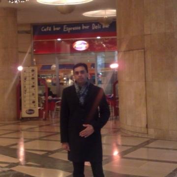 Ubaida Syed, 33, Firenze, Italy
