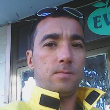 Arslan Hamrayev, 35, Antalya, Turkey