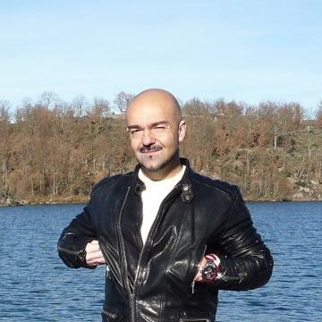 Raul, 44, Madrid, Spain