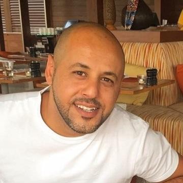 Hassan Al Naami, 36, Dubai, United Arab Emirates