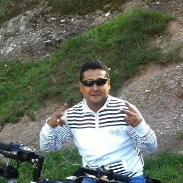 Jhanz Marcelo Cordova Callejas, 37, Barcelona, Spain