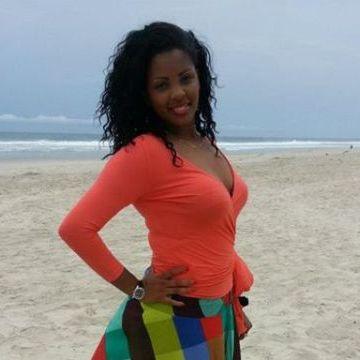Faith, 25, Dakar, Senegal