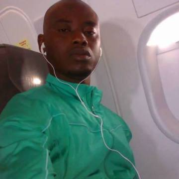 Onwuanuka Joshua, 39, Dakar, Senegal