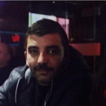 Kutluay, 39, Istanbul, Turkey
