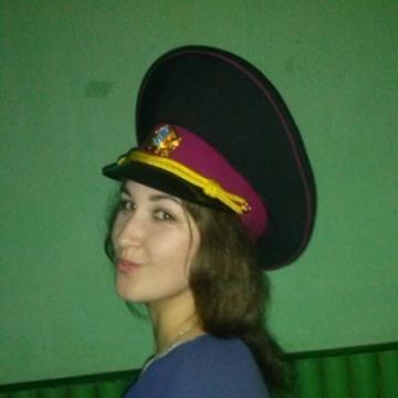 Оля, 22, Rovno, Ukraine
