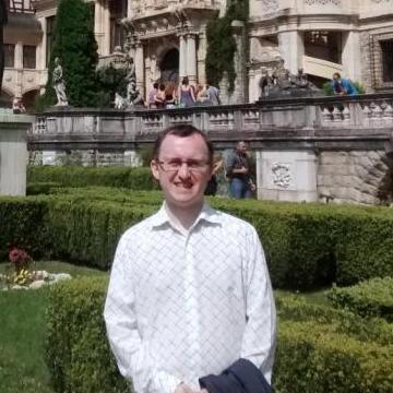 Thomas Venables, 39, Birmingham, United Kingdom