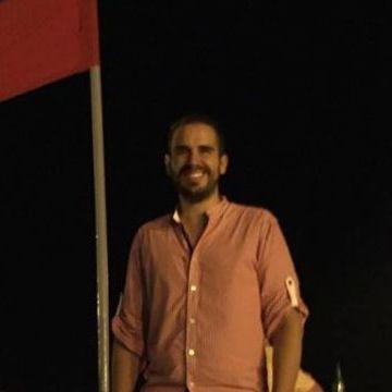 Alberto Moreno, 34, Guadalajara, Mexico