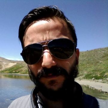 Pablo Lagos, 38, Zapala, Argentina