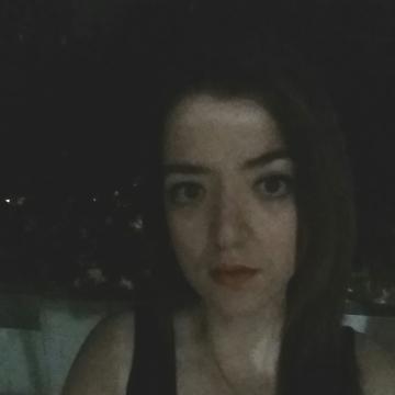 Cinzia, 25, Torino, Italy