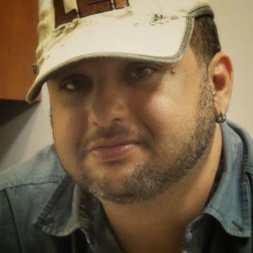 Rogerio Passos, 42, Uberlandia, Brazil