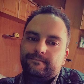 Carlos Rodríguez Ruiz, 35, Albacete, Spain