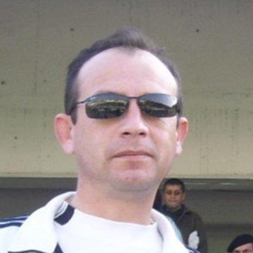 Luis Mora, 46, Santiago, Chile
