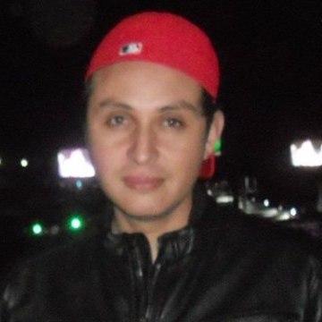 Engel Hernández, 36, Mexico City, Mexico