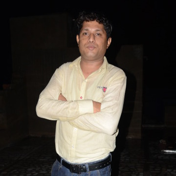 YASH KHAN, 31, Jodhpur, India