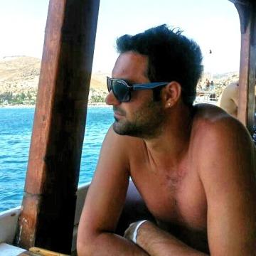 ILKER, 33, Istanbul, Turkey