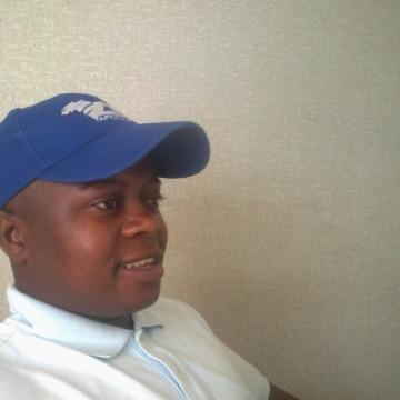 Leonard T Teya, 36, Harare, Zimbabwe