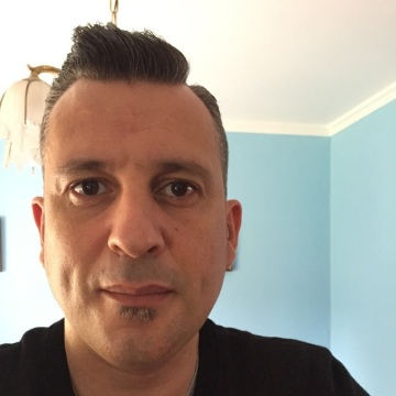 FRANCISCO JAVIER, 45, Vigo, Spain