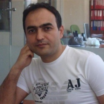 Özdemir Gazi, 39, Istanbul, Turkey