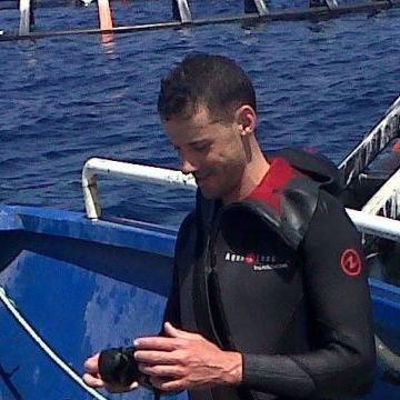 Fuego  Brahim, 34, Oran, Algeria