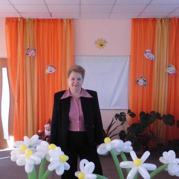 людмила, 61, Saratov, Russia