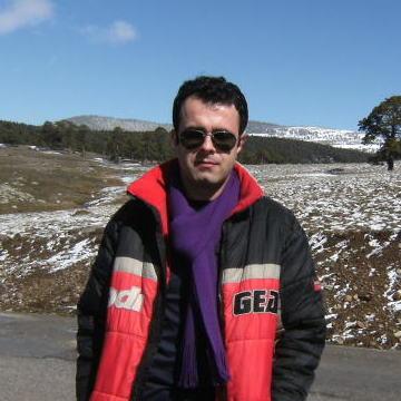 Serkan Erk, 33, Istanbul, Turkey