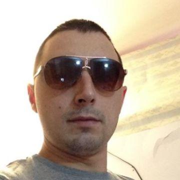 Vasy Andronicescu, 28, Napoli, Italy