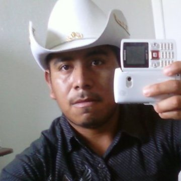 De la Cruz Walter, 30, Houston, United States