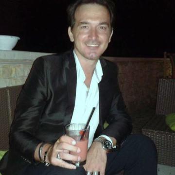 Riccardo Ciciriello, 38, Bitonto, Italy