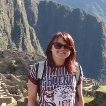 Sarah Robertson, 23, Aberdeen, United Kingdom