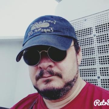 Köksal Genç, 44, Istanbul, Turkey