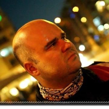 Sinan Sarper, 40, Izmir, Turkey