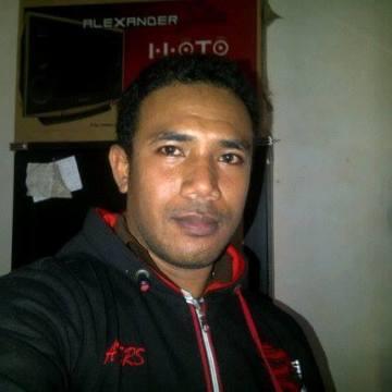 Daniel Lapa, 28, Kupang, Indonesia