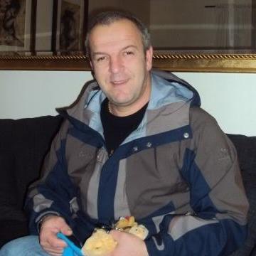 Moses, 53, London, United Kingdom