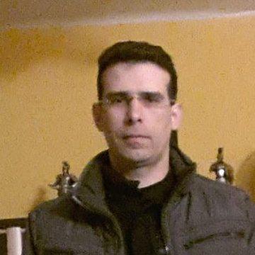 Gerson, 41, Tarragona, Spain