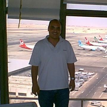 medhat, 44, Hurghada, Egypt